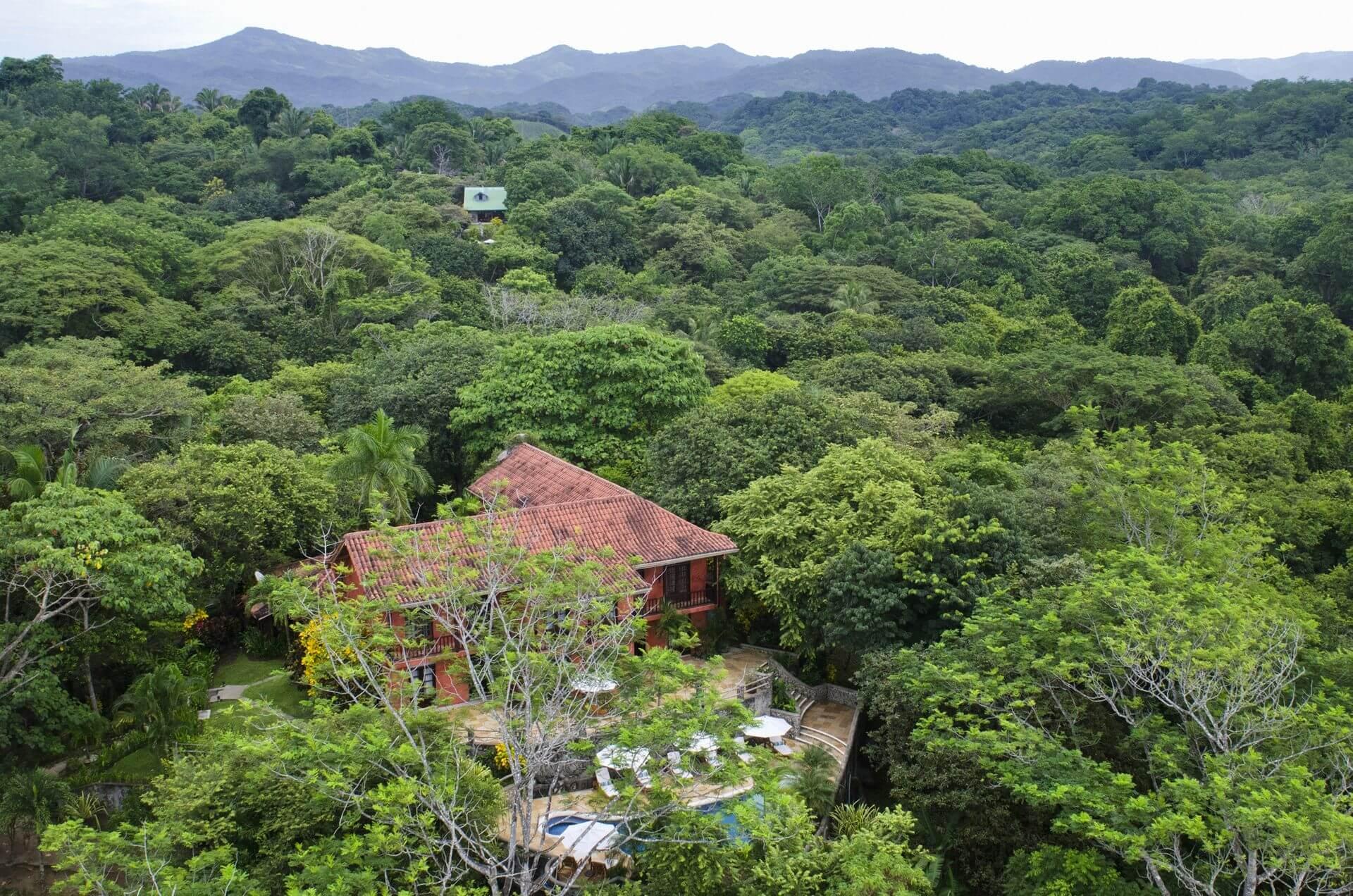 Hacienda Barrigona Engulf Nature Costa Rica