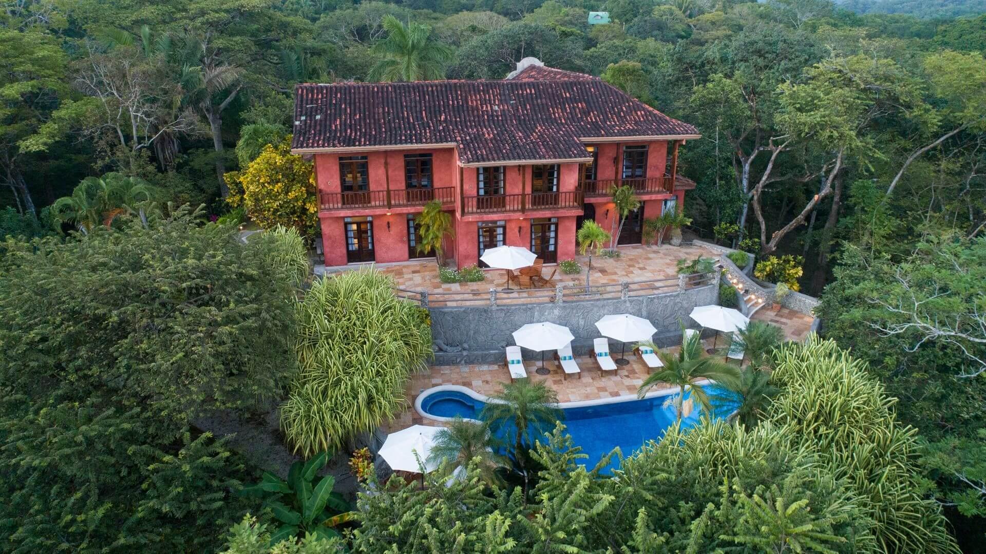 Casa Barrigona Poolside View